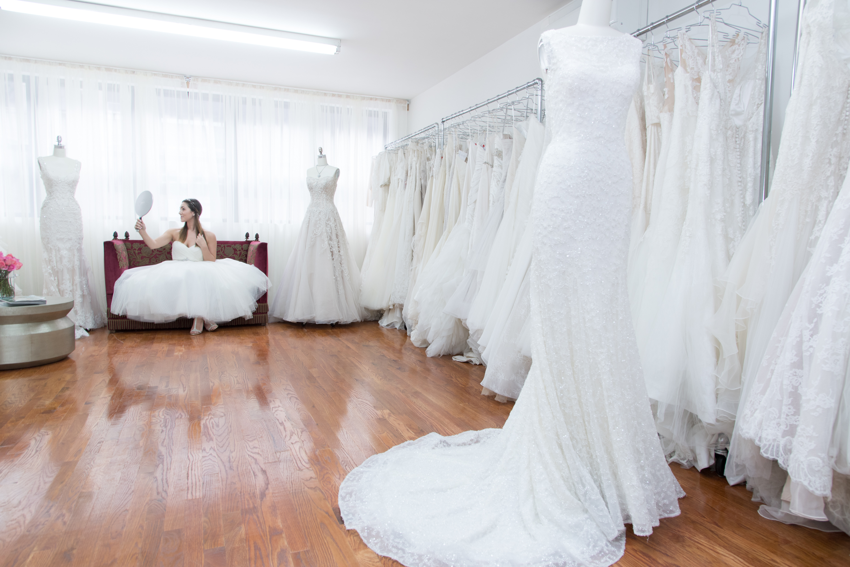 bride in sample studio