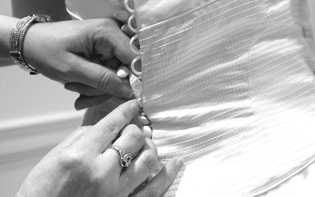 Alterations 101   Kleinfeld Bridal