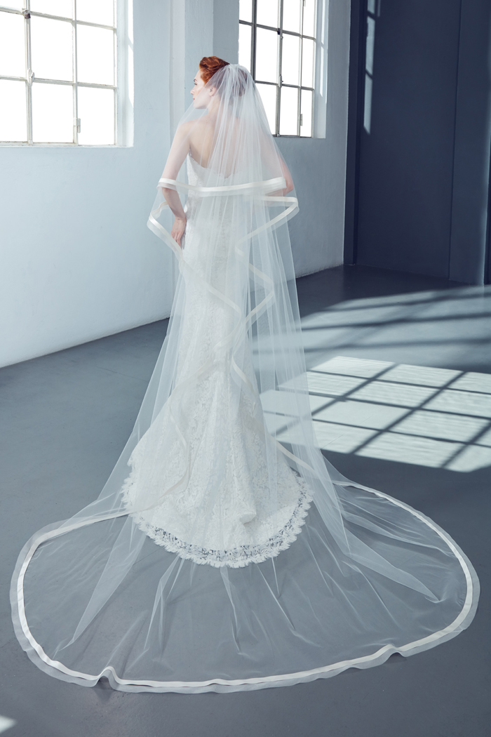 Cathedral Bridal Veil In Tulle Kleinfeld Bridal