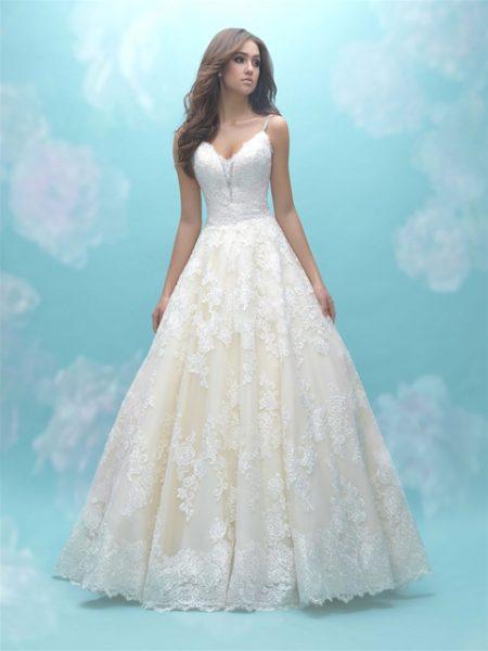 Ball Gown Spaghetti Straps Lace Wedding Dress