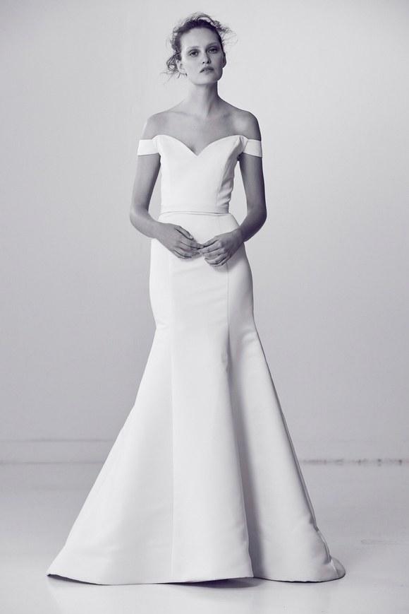 8539947cff7f Simple Mermaid Wedding Dress | Kleinfeld Bridal