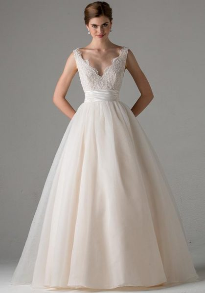 A line wedding dress kleinfeld bridal a line wedding dress by anne barge image 1 junglespirit Gallery