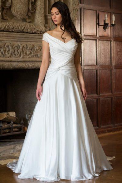 A line wedding dress kleinfeld bridal a line wedding dress junglespirit Images