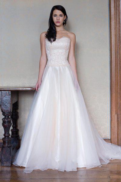 A line wedding dress kleinfeld bridal a line lace wedding dress junglespirit Images
