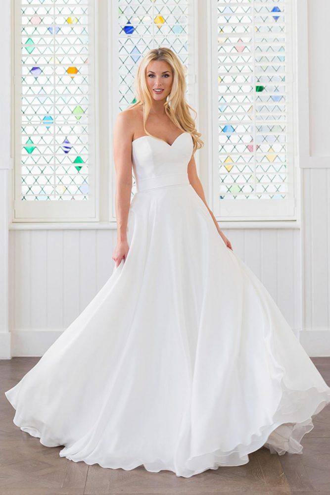 Classic A-line Wedding Dress - Image 1