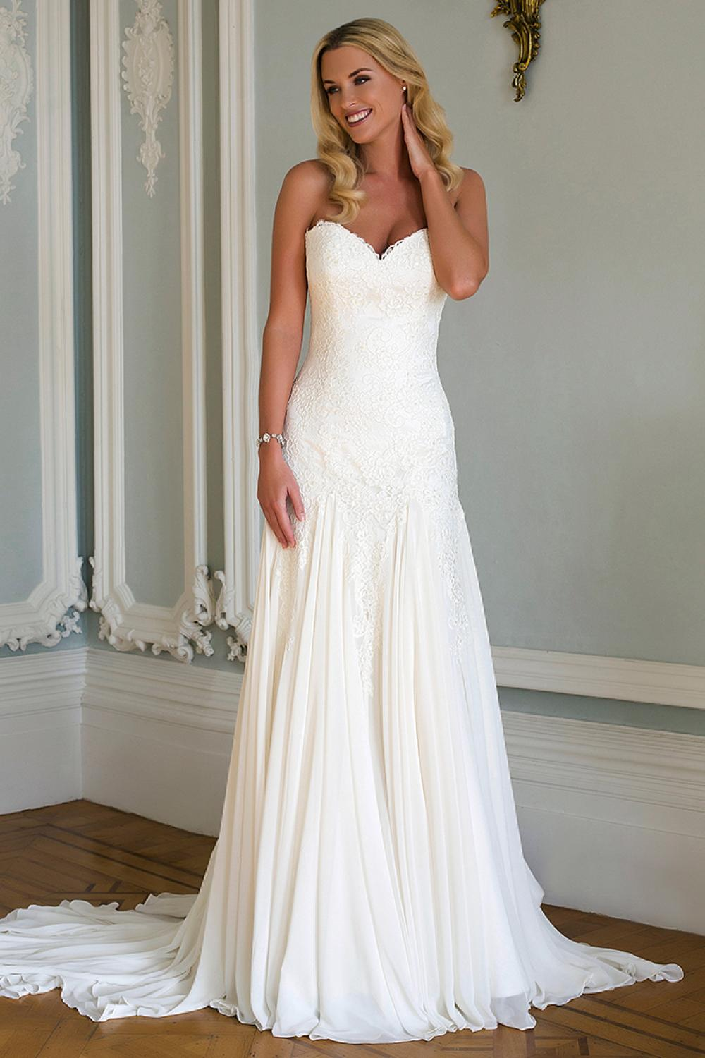 Romantic Fit And Flare Wedding Dress Kleinfeld Bridal