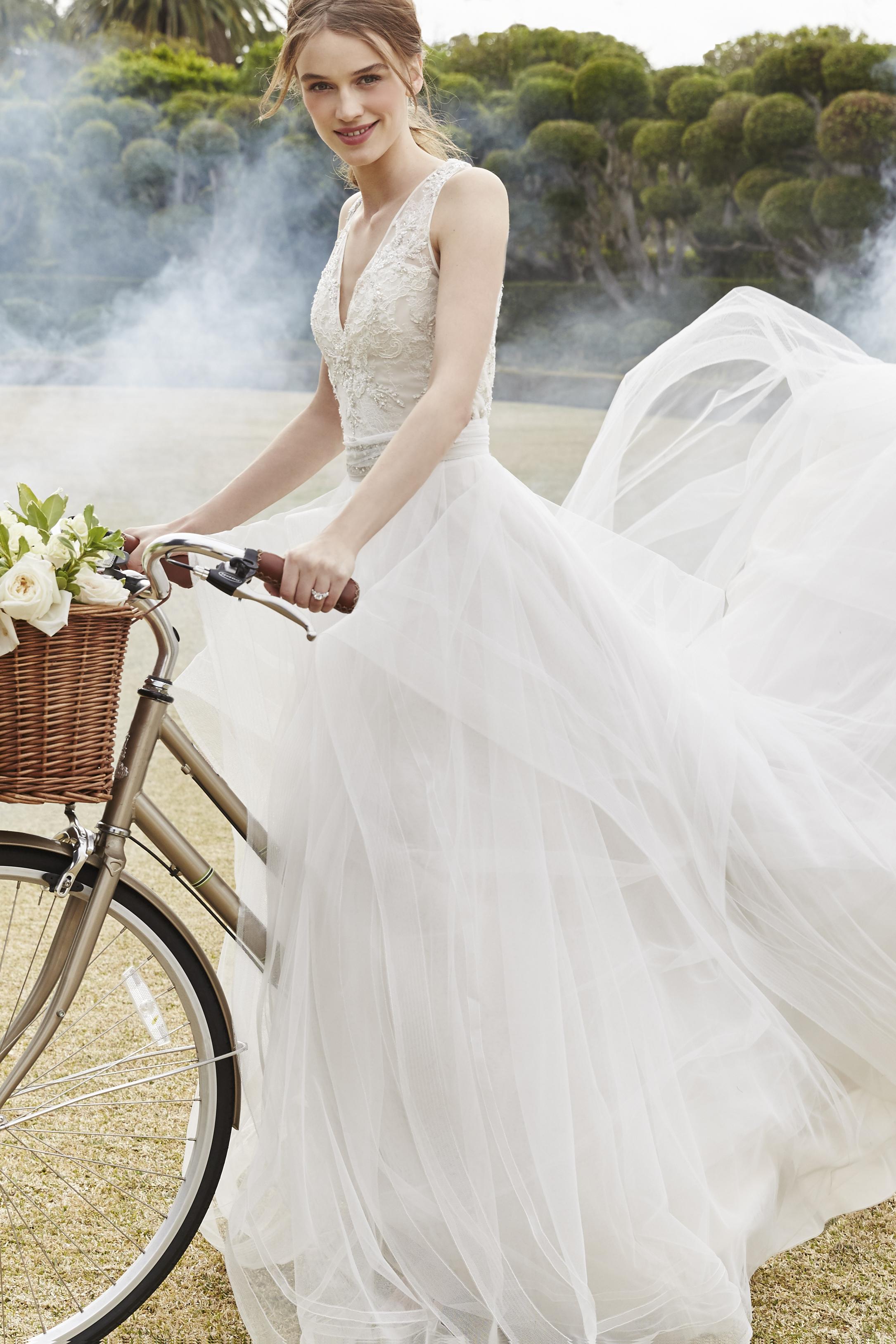 Romantic Bodice | Kleinfeld Bridal