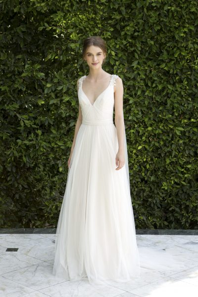 Simple sheath wedding dress kleinfeld bridal simple sheath wedding dress by bliss by monique lhuillier image 1 junglespirit Images