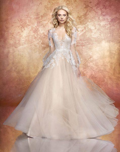 Romantic Ivory Lace Wedding Dresses