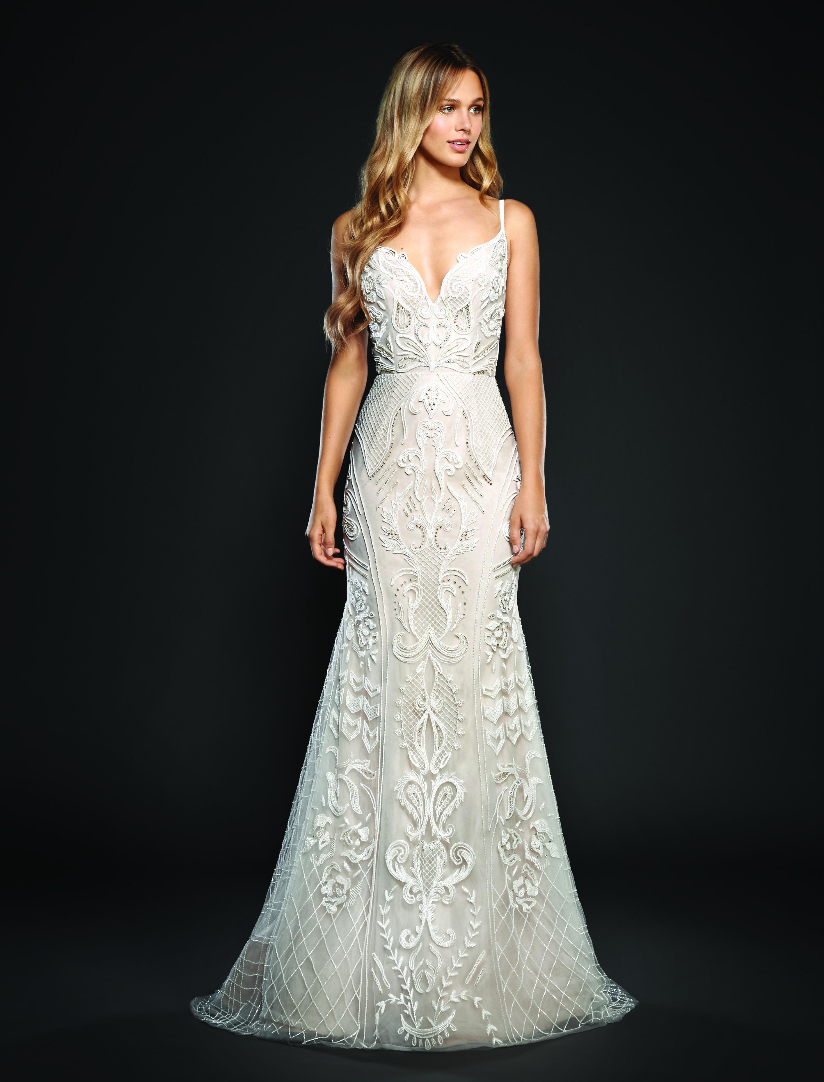 Trendy Sheath Wedding Dress | Kleinfeld Bridal