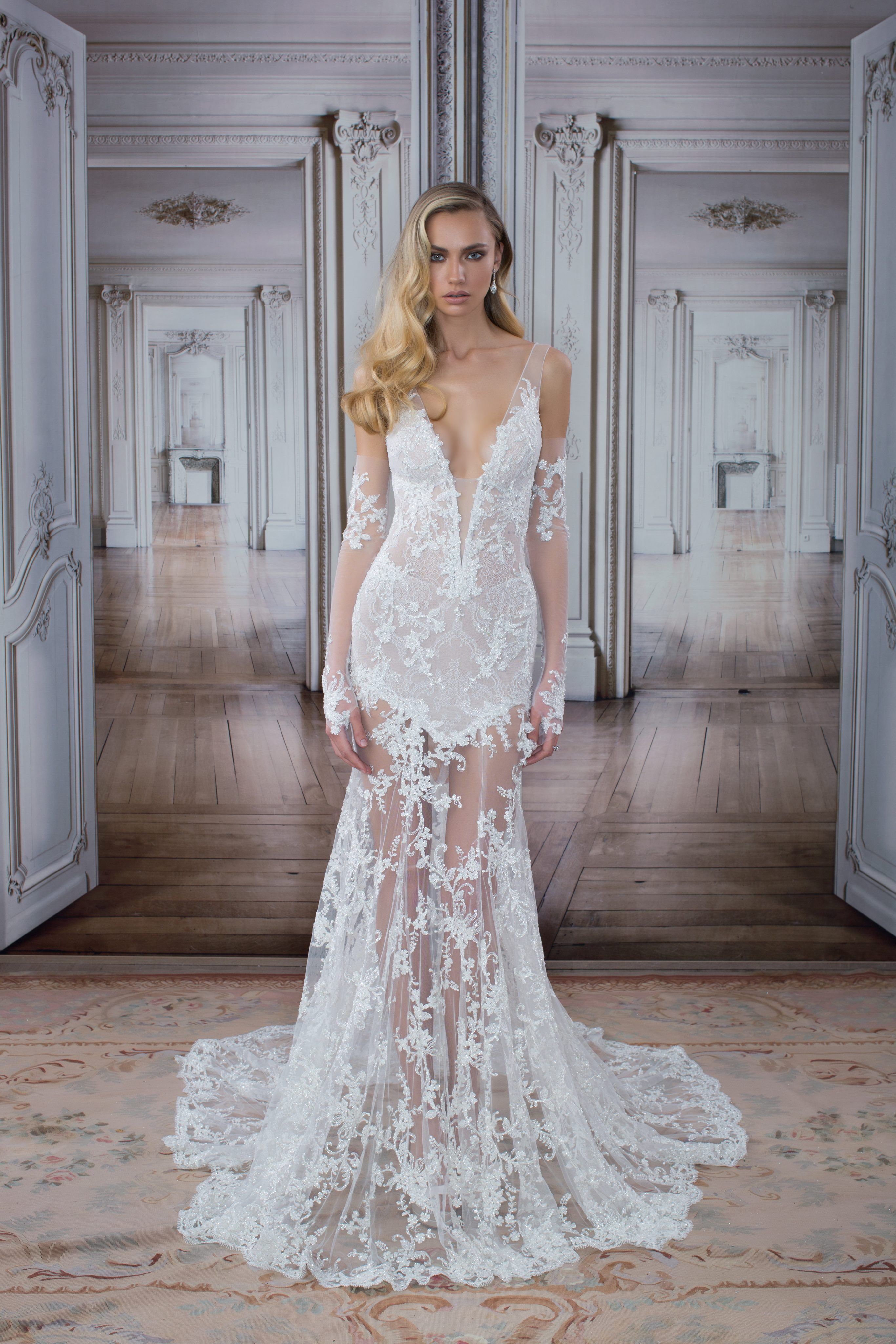 Sexy Sheath Wedding Dress