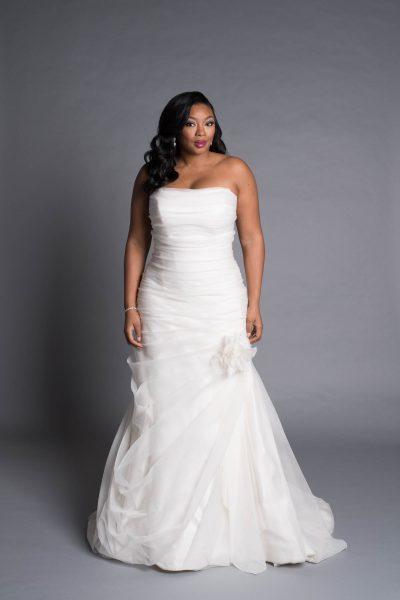 Modern A-line Wedding Dress by Pnina Tornai - Image 1