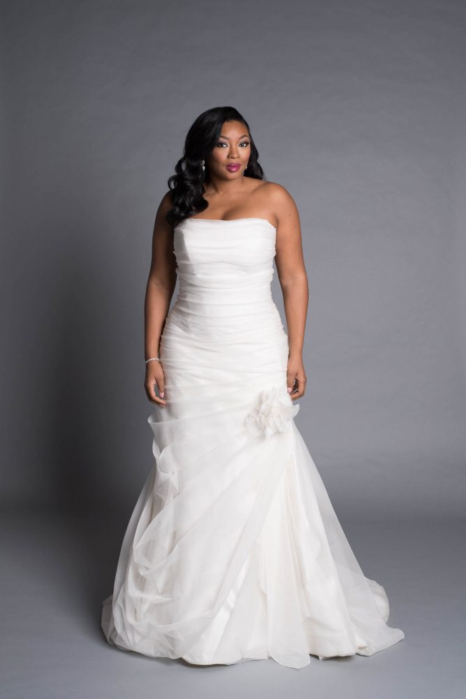 Modern A-line Wedding Dress by Pnina Tornai - Image 1