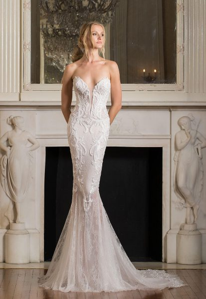 3b85b1b44d822 Sexy Fit And Flare Wedding Dress by Pnina Tornai - Image 1