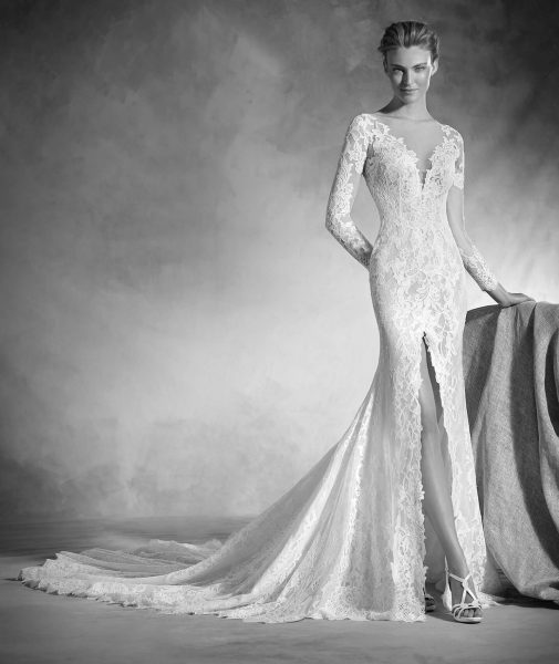 Classic Mermaid Wedding Dress by Pronovias - Image 1