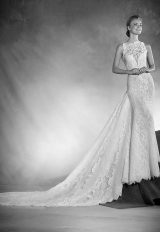 Mermaid Wedding Dress by Pronovias - Image 1
