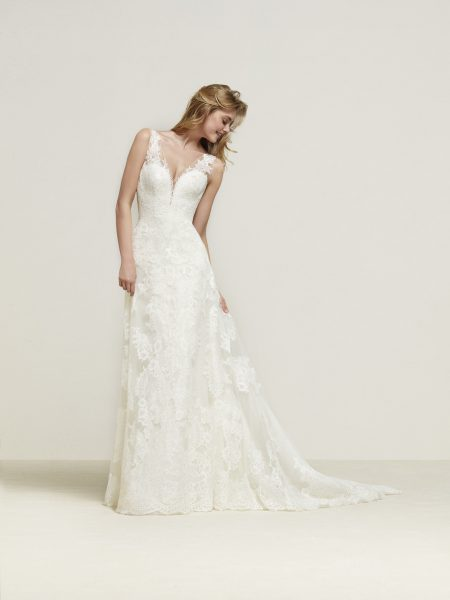 Romantic A-line Wedding Dress by Pronovias - Image 1