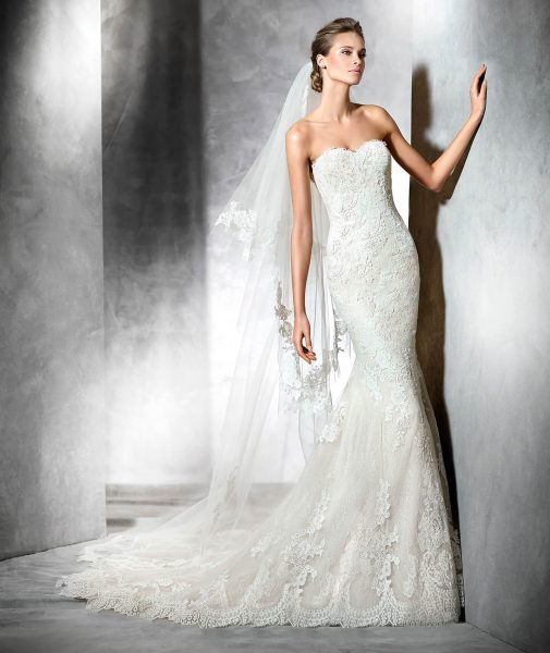 Mermaid Wedding Dress By Ovias Image 1