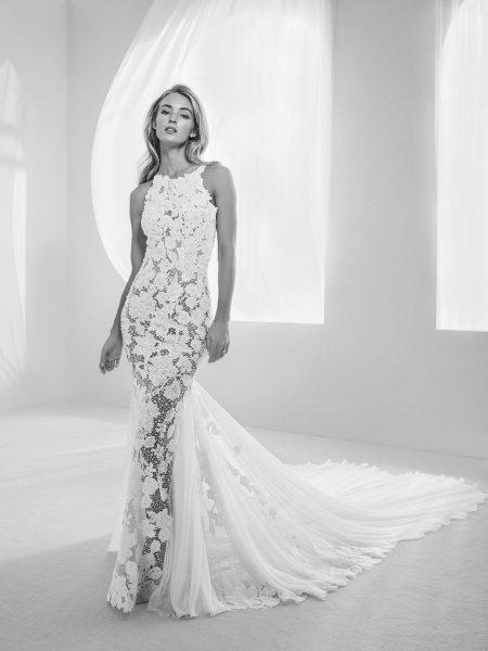 Romantic Mermaid Wedding Dress by Pronovias - Image 1