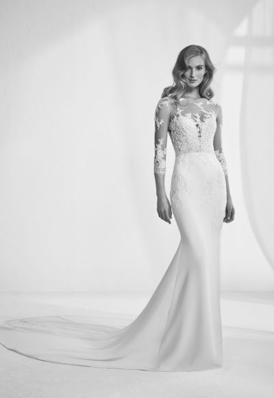 Romantic Mermaid Wedding Dress by Pronovias