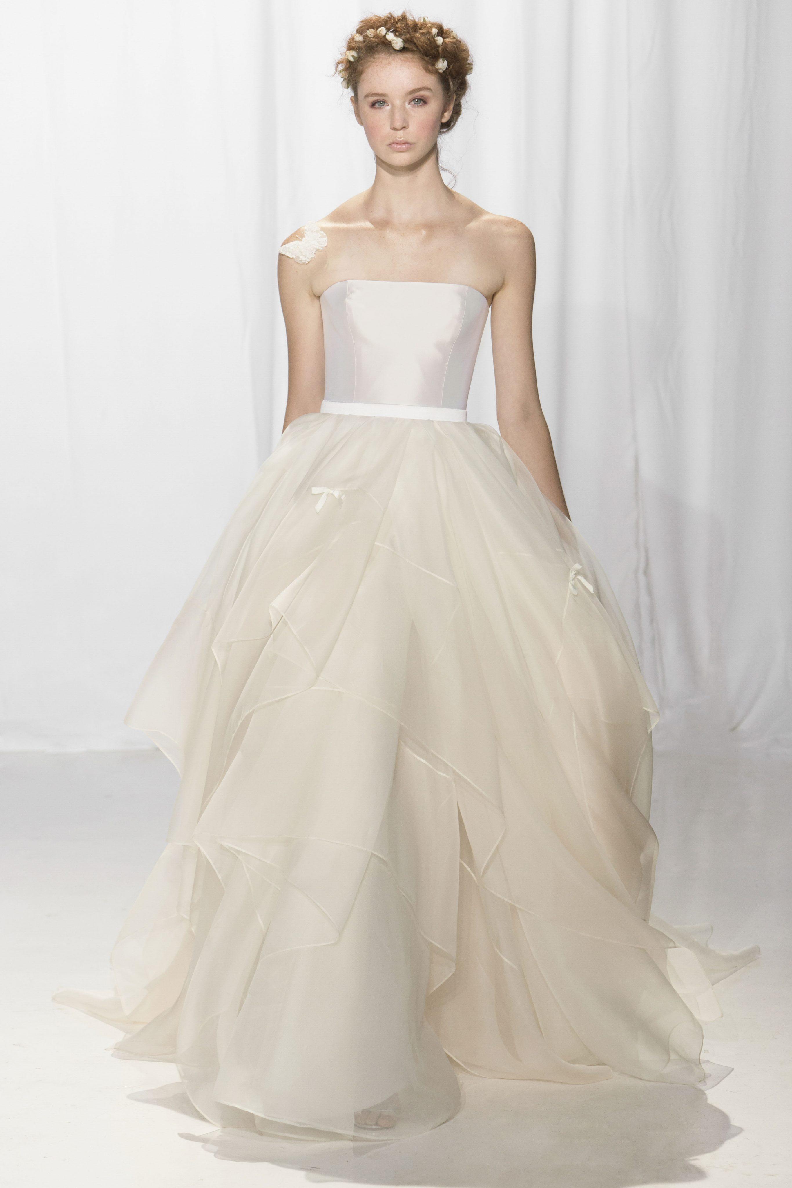 Classic Ball Gown Wedding Dress | Kleinfeld Bridal