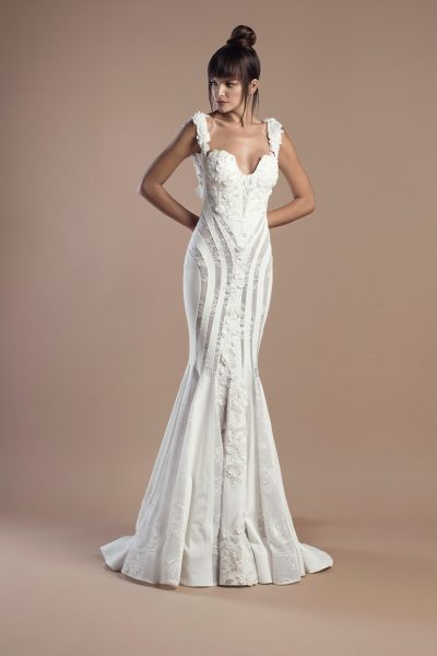 Modern Mermaid Wedding Dress by Tony Ward - Image 1