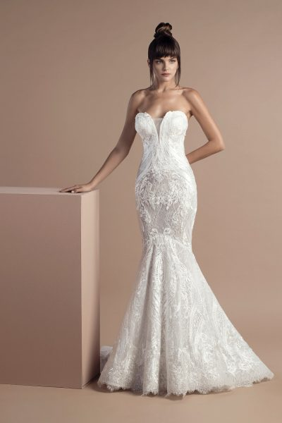 Sexy Mermaid Wedding Dress by Tony Ward - Image 1