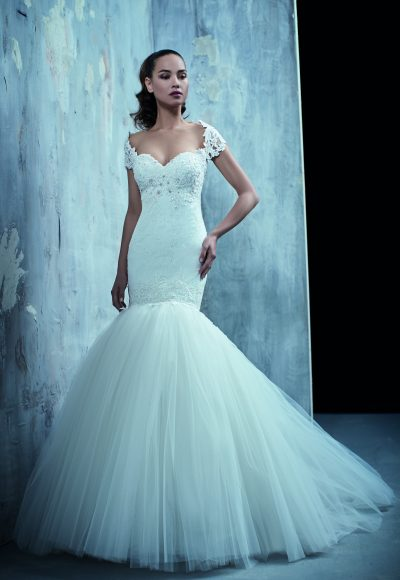 Classic Mermaid Wedding Dress by Maison Signore