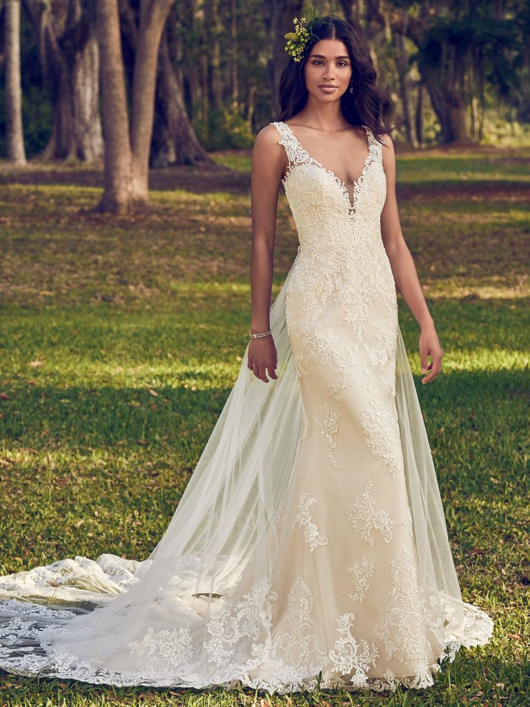 Lace Sheath Wedding Dress