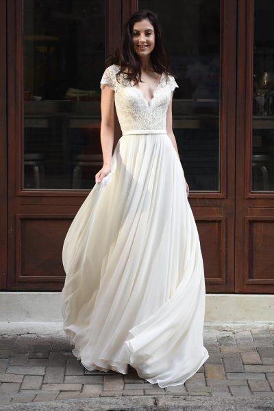V-Neck Lace Wedding Dress