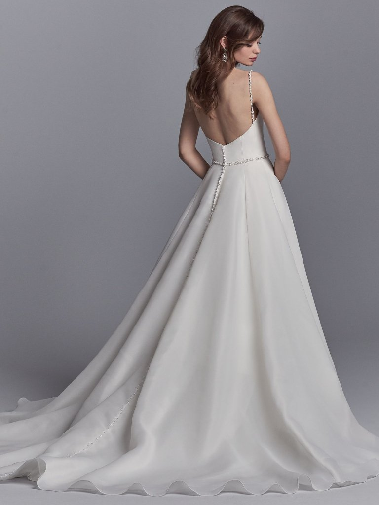 Elegant Sweetheart Organza Sleeveless A Line Wedding Dress