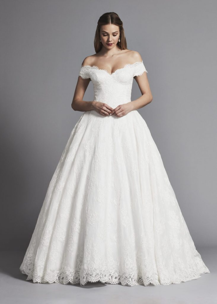 pnina-tornai-off-the-shoulder-lace-ball-gown-wedding-dress-33840901-1286x1800
