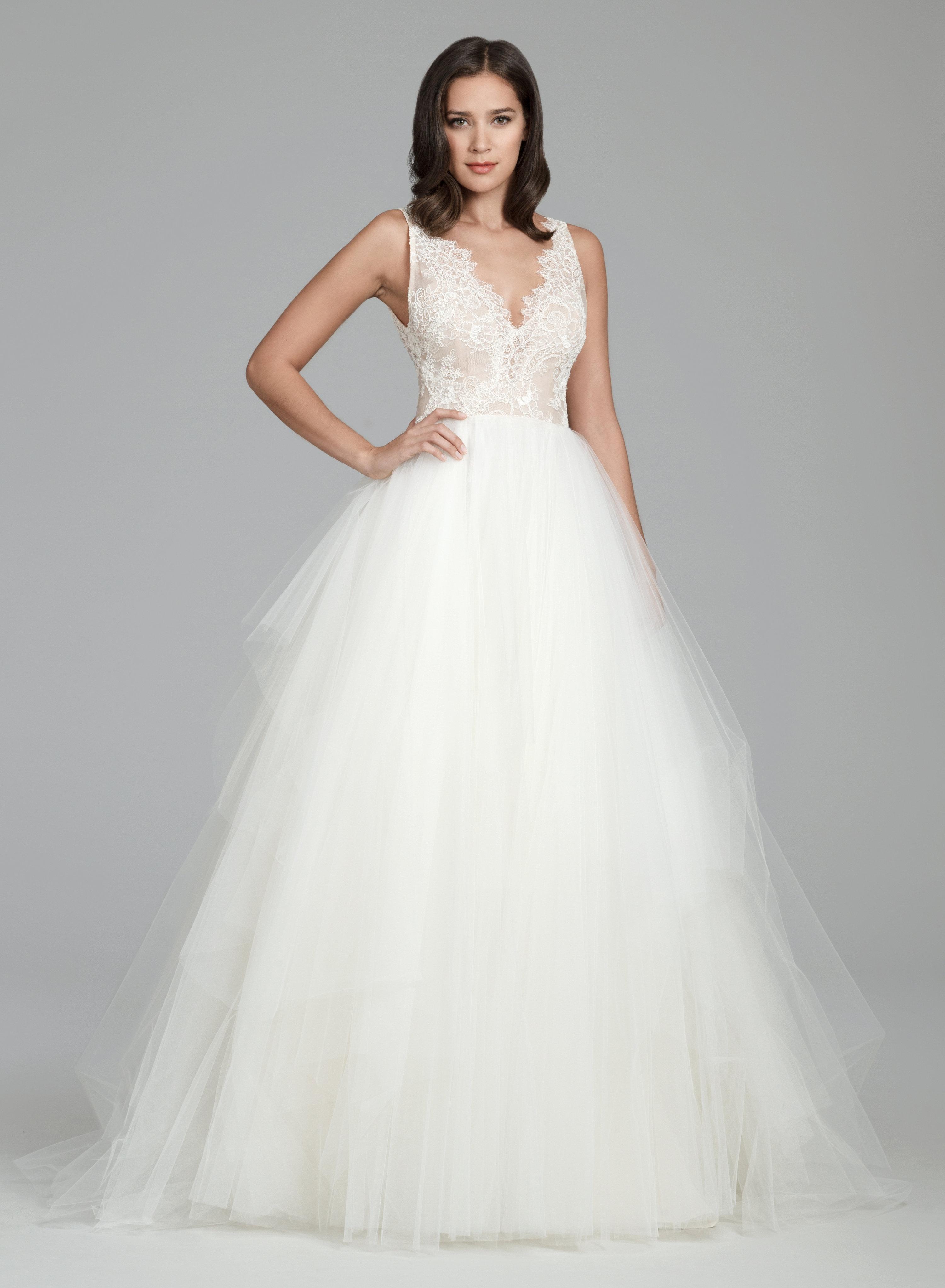 Scalloped V-neck Sleeveless Natural Waist Ballgown Wedding Dress ...
