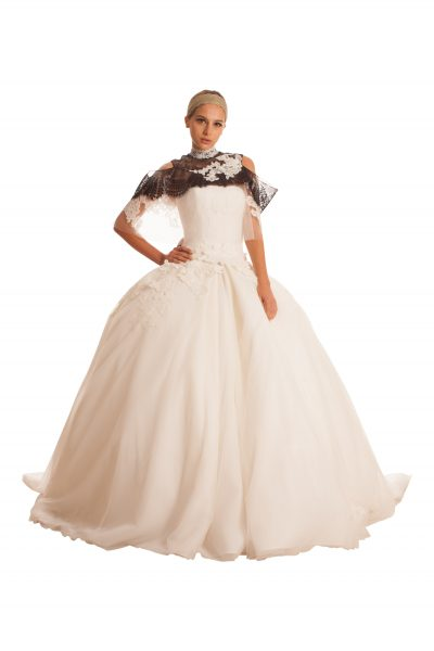 Full Lace Gown With Applique Embellishment. by Edgardo Bonilla - Image 1
