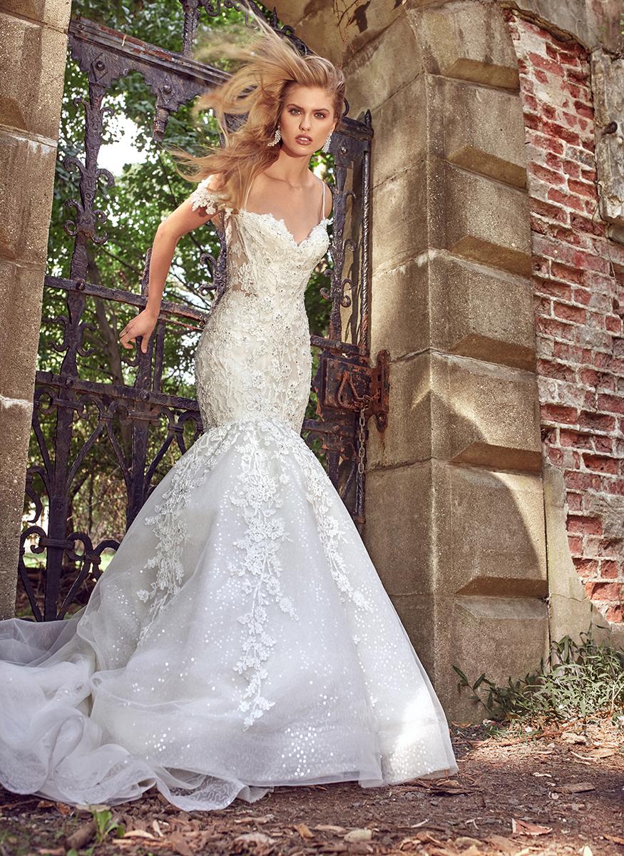 a line lace sweetheart wedding dress