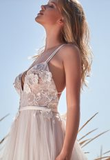 Sleeveless V-neck Lace Applique A-line Wedding Dress by Maison Signore - Image 2