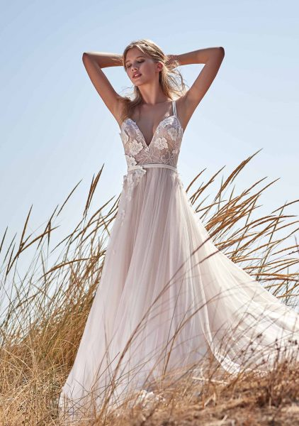 Sleeveless V-neck Lace Applique A-line Wedding Dress by Maison Signore - Image 1
