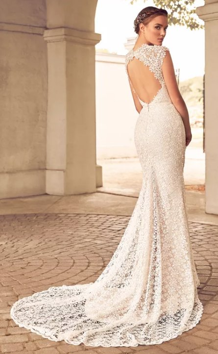 Lace Detailed Cap Sleeve Sweetheart Neck Fit And Flare