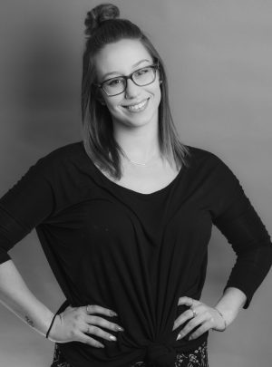 Allie—Accessories Consultant