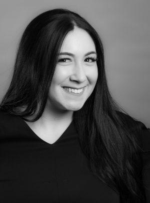 Danielle—Accessories Consultant