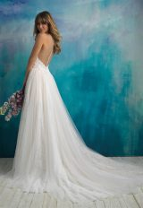 Lace Sweethear Neck Bodice Tulle Skirt Ball Gown Wedding Dress by Allure Bridals - Image 2