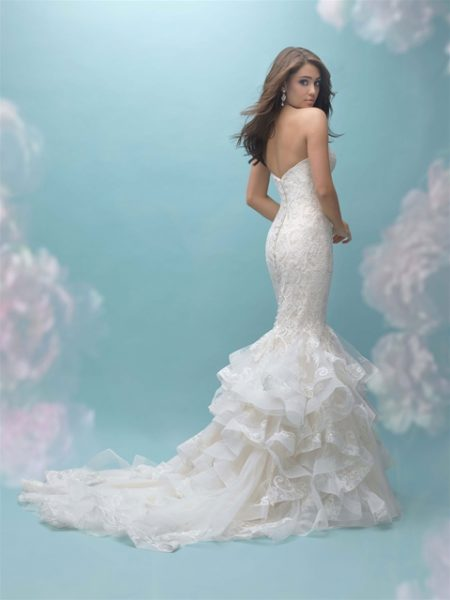 Sweetheart Ruffled Bottom Mermaid Wedding Dress by Allure Bridals - Image 2