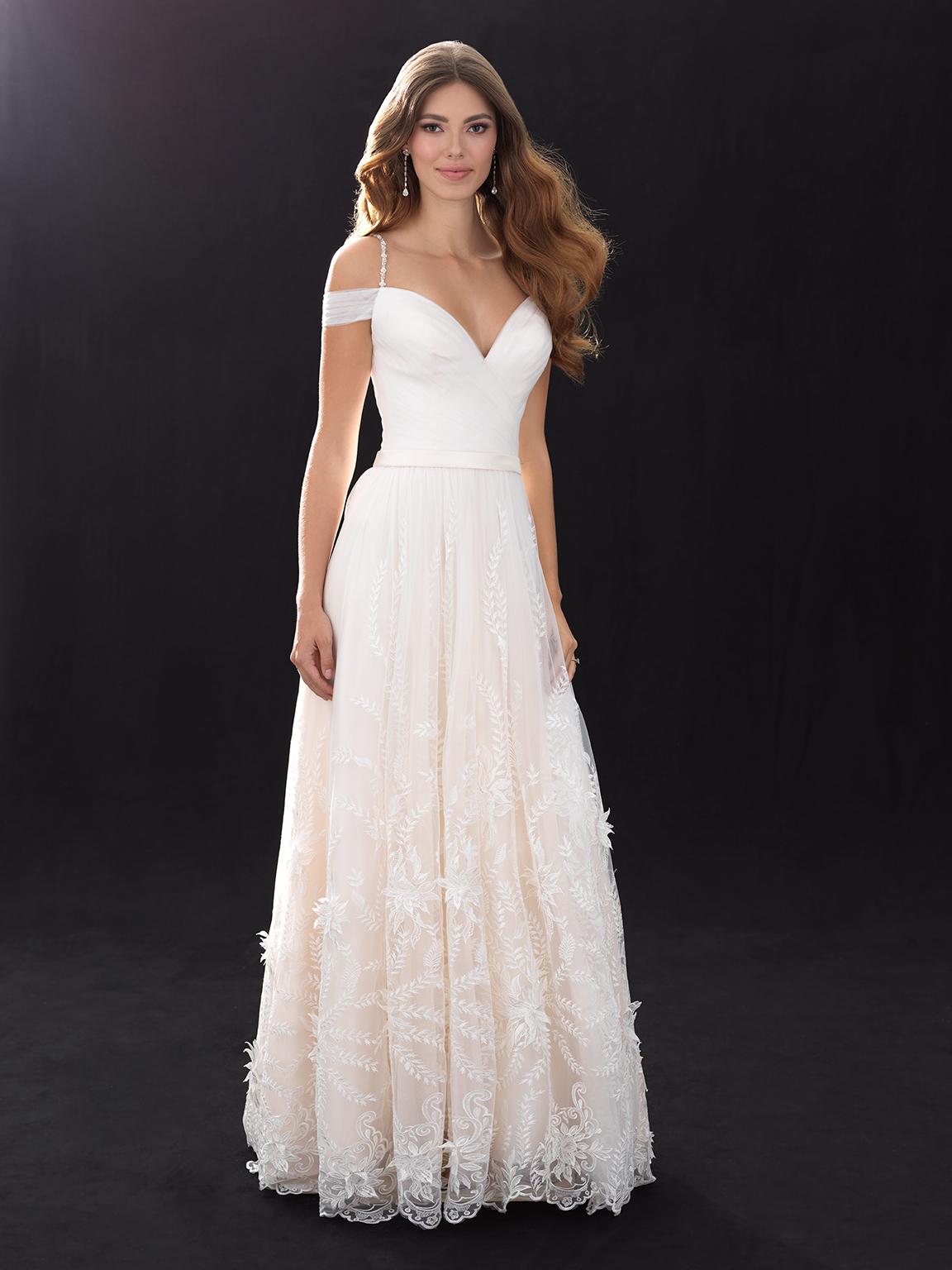 Bohemian A-line Wedding Dress | Kleinfeld Bridal