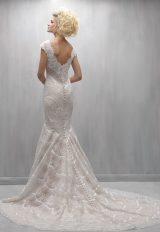 Scalloped Lace V-neck Cap Sleeve Mermaid Wedding Dress by Madison James - Image 2