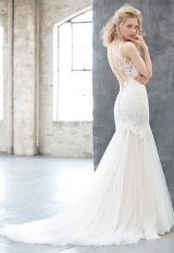 V-neck Lace Bodice Tulle Skirt Wedding Dress by Madison James - Image 2