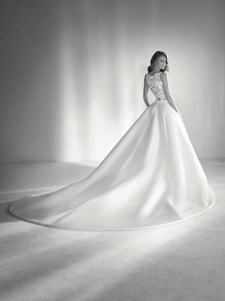 Bateau Neckline Ball Gown Wedding Dress by Pronovias - Image 2