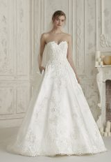 Strapless Sweetheart Neck Floral Applique Bll Gown Wedding Dress by Pronovias - Image 1