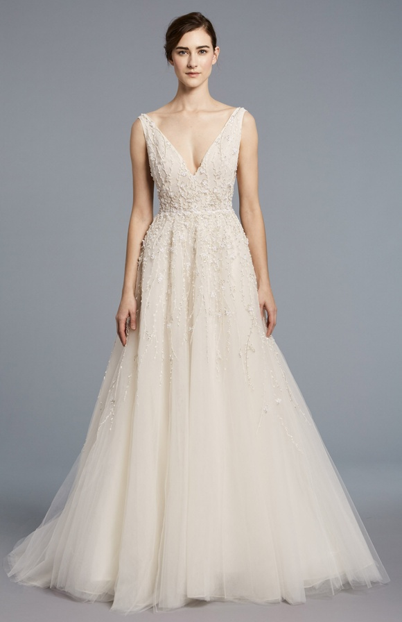 Lace V-neck Bodice Tulle Skirt A-line Wedding Dress by Anne Barge - Image 1