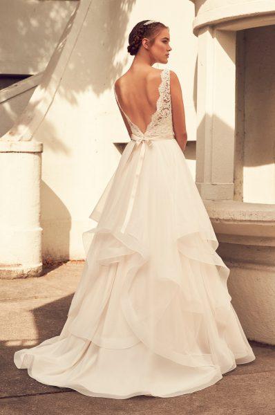 Scalloped V-neck Lace Bodice Tulle Skirt Wedding Dress by Paloma Blanca - Image 2