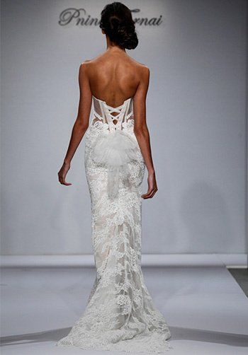 Strapless Deep Sweetheart Neckline Lace Sheath Wedding Dress by Pnina Tornai - Image 2